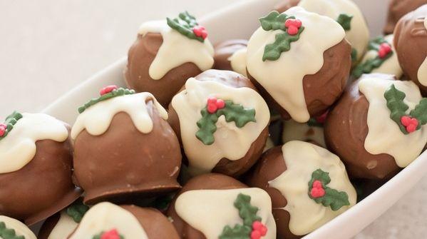 Christmas Pudding Oreo Truffles